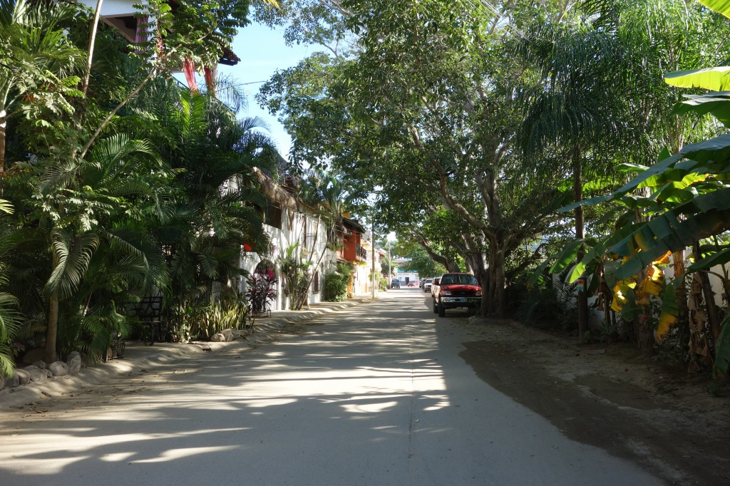 The quiet street just behind the beach