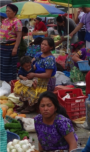 More women in the market in Antigua