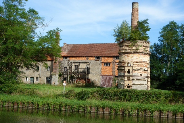 Old abandoned pottery and its three story kiln