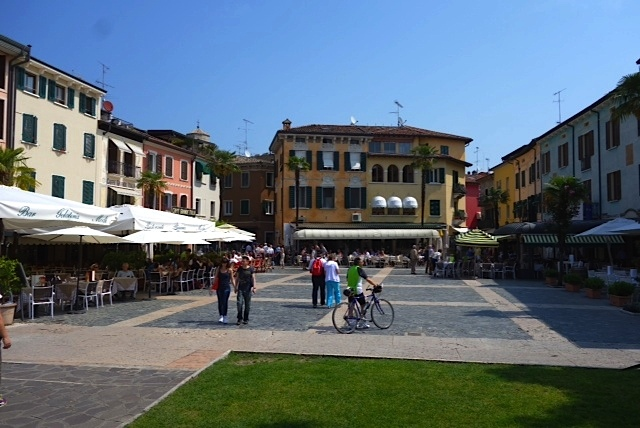 Sirmione's central square, lined with gelato shops