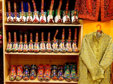 Oct 6, Shopping in Paro, Bhutan_2